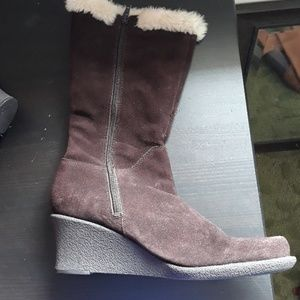 Cloud 9 brown boots size 11